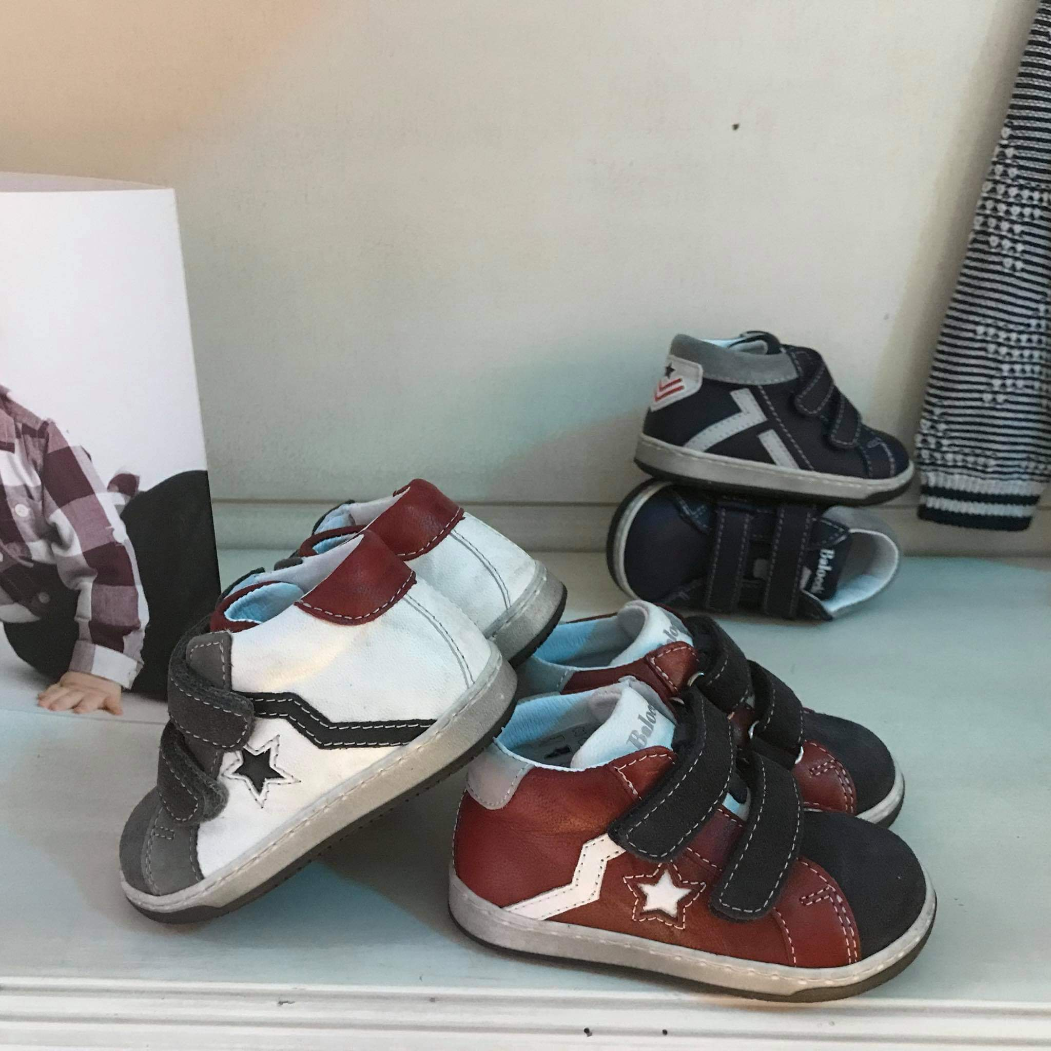 newest collection b750b afb5d Allaccia e Slaccia | Abbigliamento e Calzature per Bambini a ...